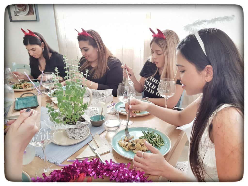 מסיבת רווקות אצל נועה דניס - שפית פרטית וקייטרינג חלבי