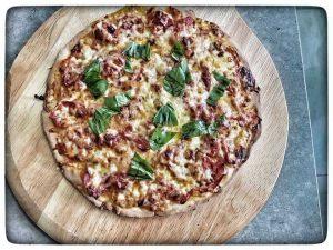 פיצה ביתית עבודת יד - נועה דניס, שפית פרטית, קייטרינג חלבי